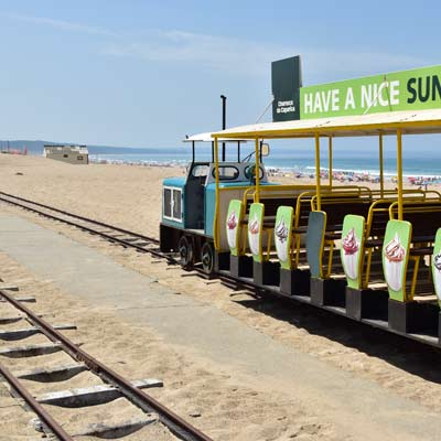 The mini train on the Costa da Caparica