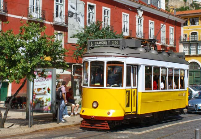 Portas do Sol in Alfama 12 tram lisbon