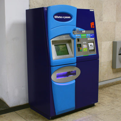 Lisbon metro ticket machine