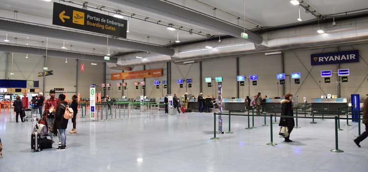 quel aeroport pour lisbonne
